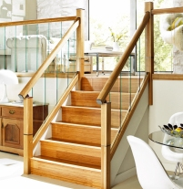 Immix oak and glass stairs